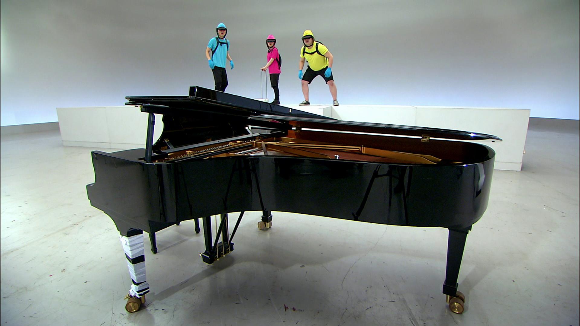 Sendung: Klaviertransport mit Flaschenzug – Planet Schule ...  Sendung: Klavie...